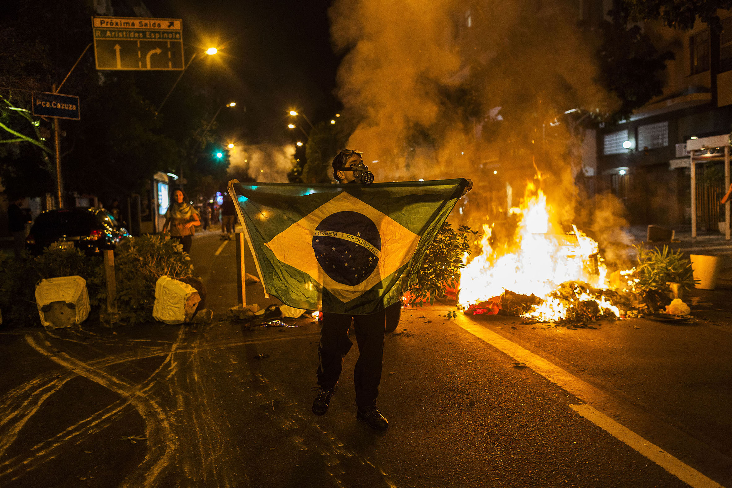 """I try to capture the essence of the people"": Brazilian photojournalist Ana Carolina Fernandes talks to Brazil Reports"