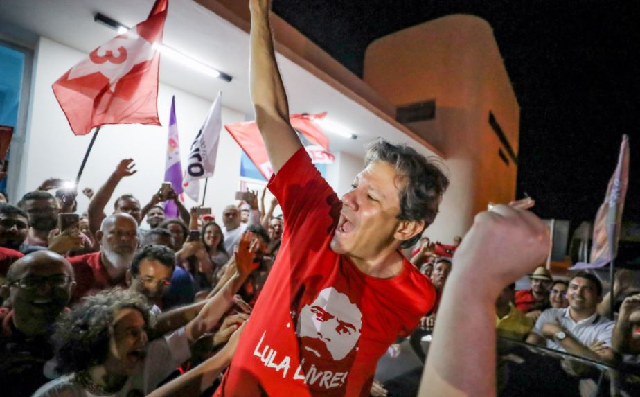 Imprisoned candidate Lula da Silva to hand over candidacy to VP Fernando Haddad