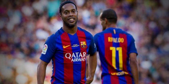 Ronaldinho Brazil Bolsonaro FC Barcelona