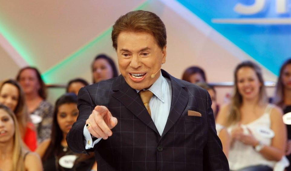 TV presenter Silvio Santos accused of sexually harassing Brazilian pop star live on air