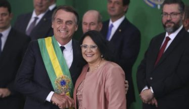 Damares Alves Minority Groups LGBT Bolsonaro